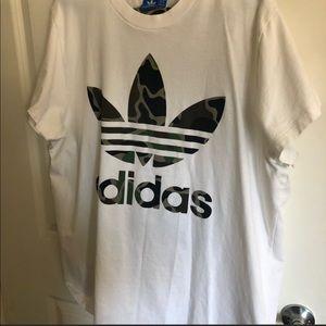 Adidas Camo T-Shirt XL